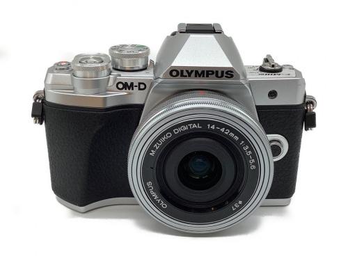 デジタルカメラのオリンパス