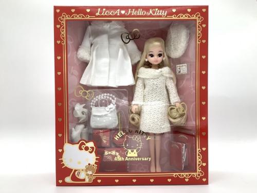 リカちゃん人形のハローキティ