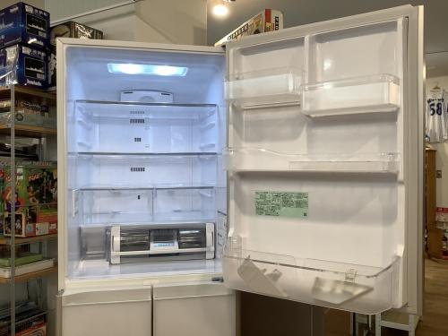 冷蔵庫の5ドア冷蔵庫