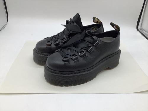靴のドクターマーチン