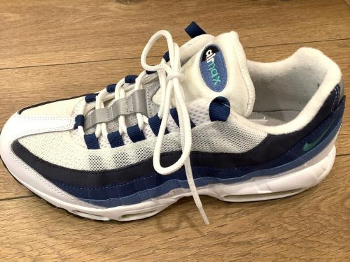 NIKEの二俣川 靴