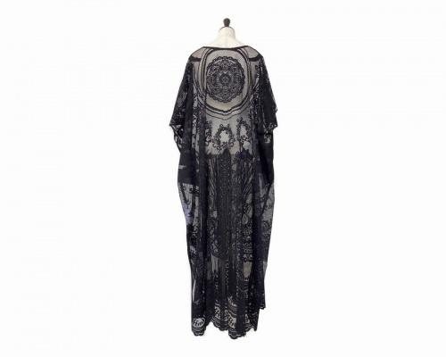 カーテンレースドレスのmame kurogouchi