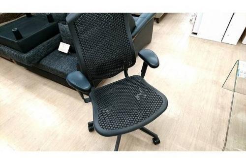 特選家具のオフィスチェア