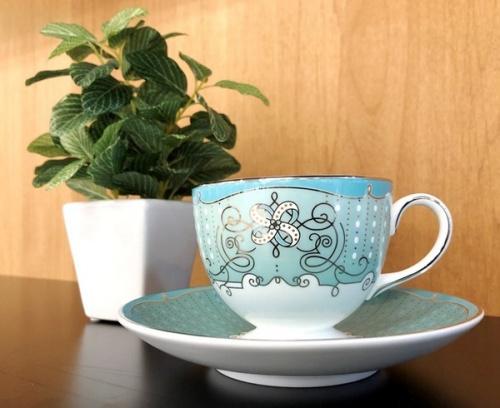 テーブルウェアのカップ&ソーサー