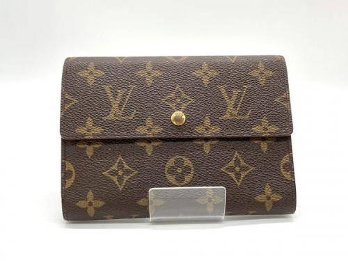 バッグ・財布の3つ折り財布