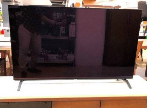液晶テレビの有機ELテレビ