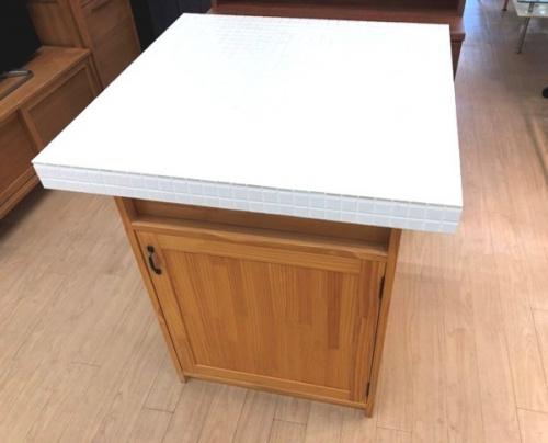 テーブルのタイルトップアイランドキッチンカウンター