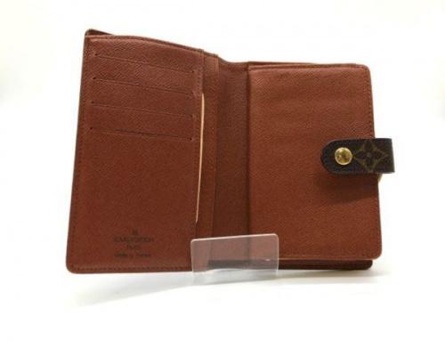 2つ折り財布のLOUIS VUITTON(ルイ・ヴィトン)