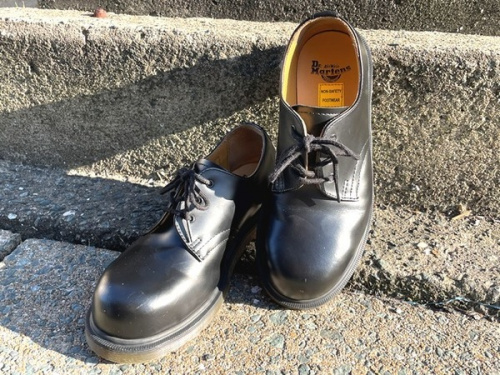 靴の3ホールシューズ