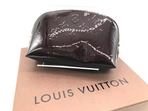 バッグ・財布のショルダーポーチ