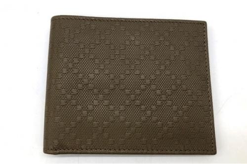 2つ折り財布のGUCCI(グッチ)