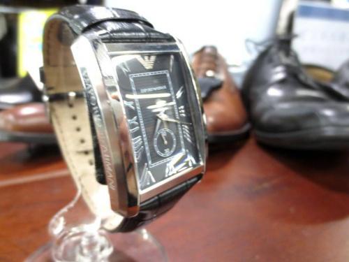 ビジネスの腕時計