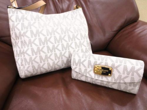 ブランド・ラグジュアリーのバッグ 財布