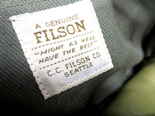 FILSONのトラベルキット