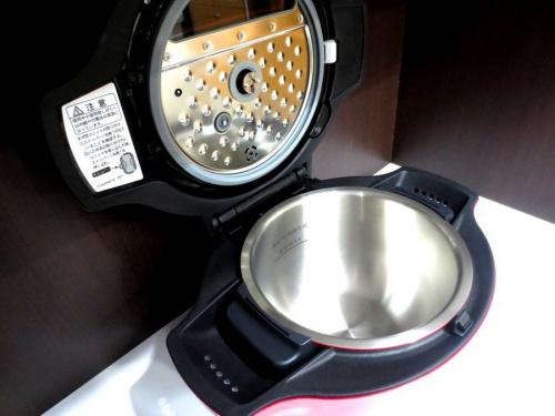 電気無水鍋のSHARP