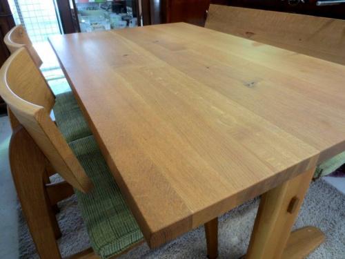 家具・インテリアの飛騨産業
