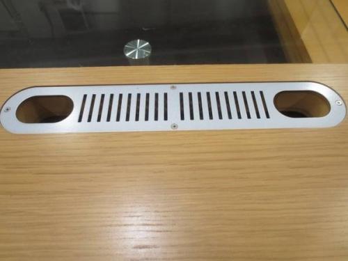 大塚家具のAVボード
