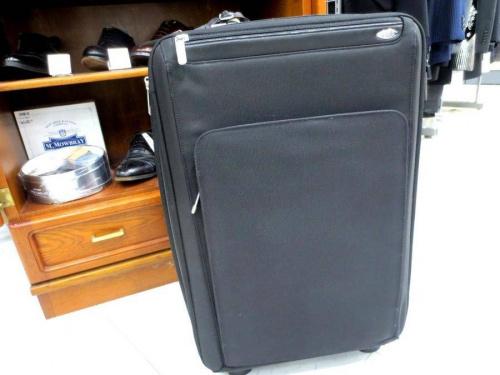 ゼロハリバートンのキャリーバッグ