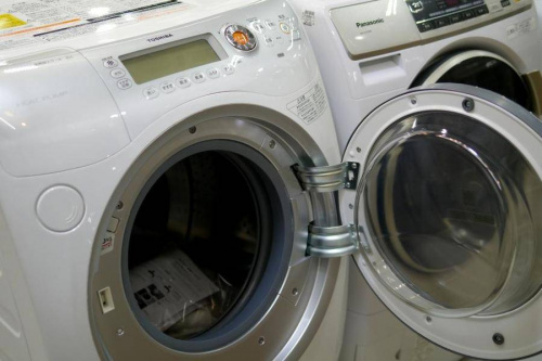 中古家電のドラム式洗濯機