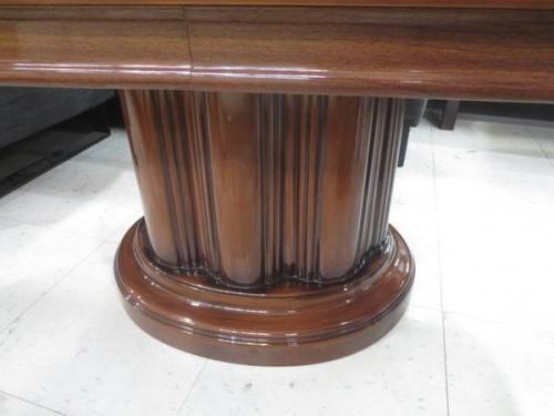 アンティーク調のローテーブル