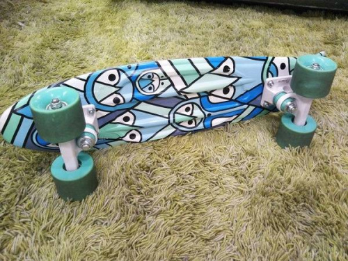 スケートボードのPENNY