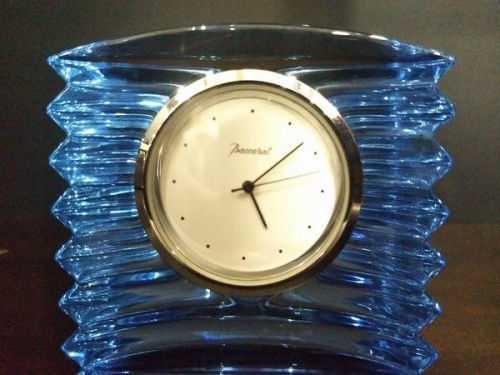 置時計のバカラ