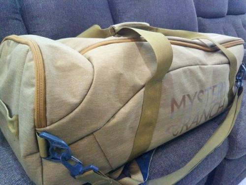 メンズファッションのボストンバッグ
