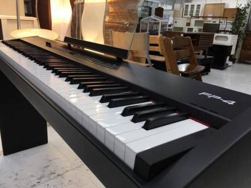 電子ピアノのRoland(ローランド)