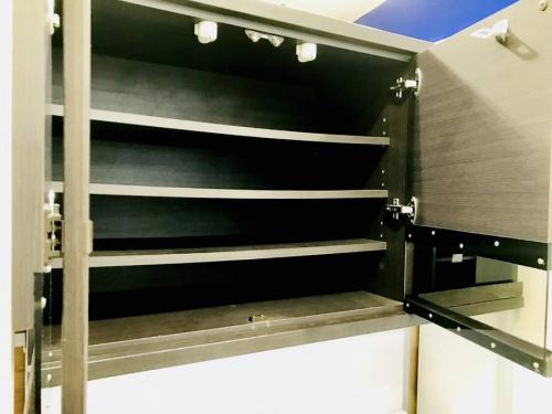 カップボード・食器棚の横浜川崎中古家具情報