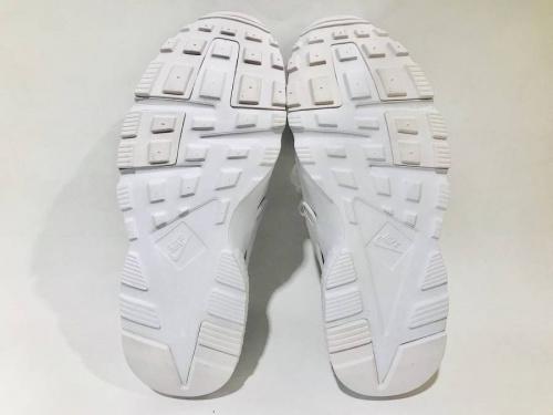 横浜 中古スニーカーの買取 洋服
