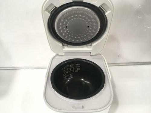 炊飯器のタイガー 中古 炊飯器 2018年製