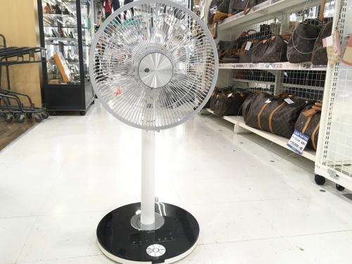季節家電の扇風機 TOSHIBA 東芝 DCモーター