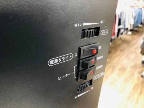 暖炉型ヒーターの冬物家電