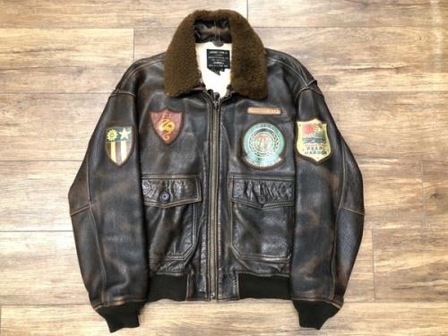 ジャケットのAVIREX MILITARY G-1