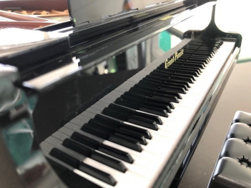 ホビーのピアノ