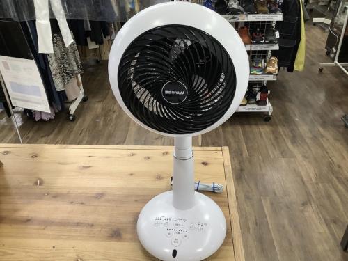 扇風機のサーキュレーター扇風機