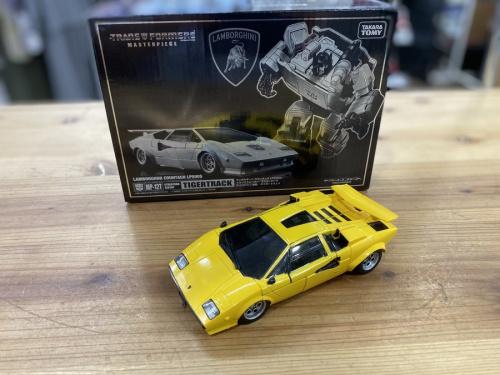 トランスフォーマーのタイガートラック マスターピース