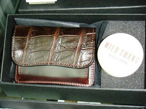 財布のワイルドスワンズ