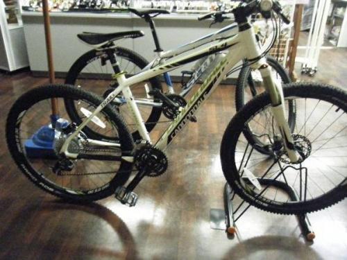 自転車のCannondale