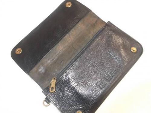 財布のイルビゾンテ