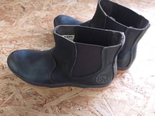 ブーツのディーゼル(DIESEL)