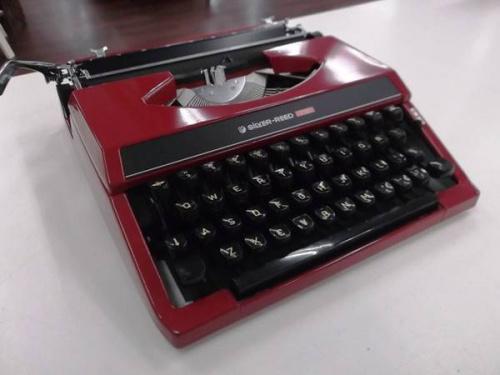 楽器・ホビー雑貨のタイプライター