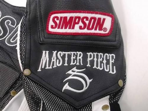 ジャケットのSIMPSON