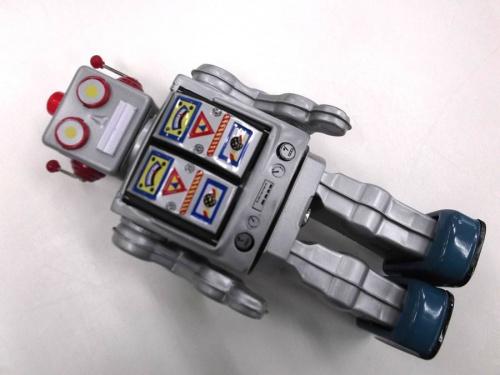 フィギュアのロボット