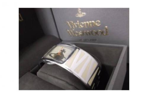 Vivienne Westwoodの腕時計
