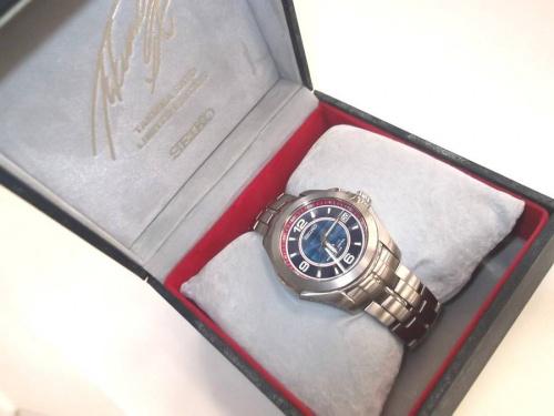 腕時計の佐藤琢磨