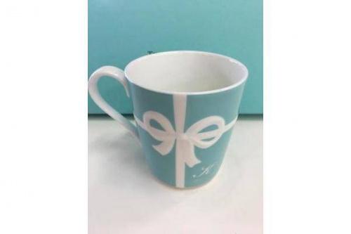 洋食器のブルーボックスマグカップ