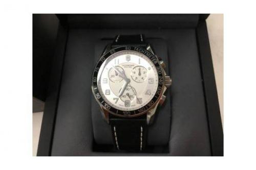 腕時計のVICTRINOX