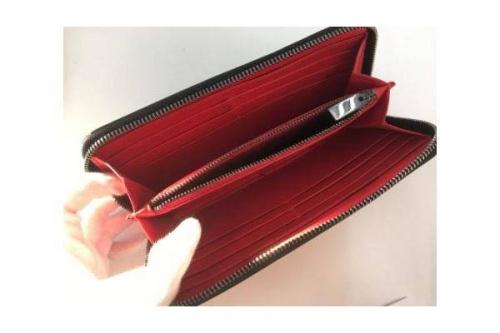 財布のChristian Louboutin