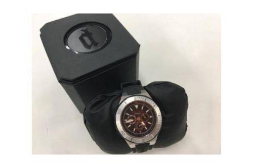 腕時計のPOLICE
